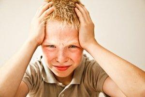 Boy with a headache MG 0599